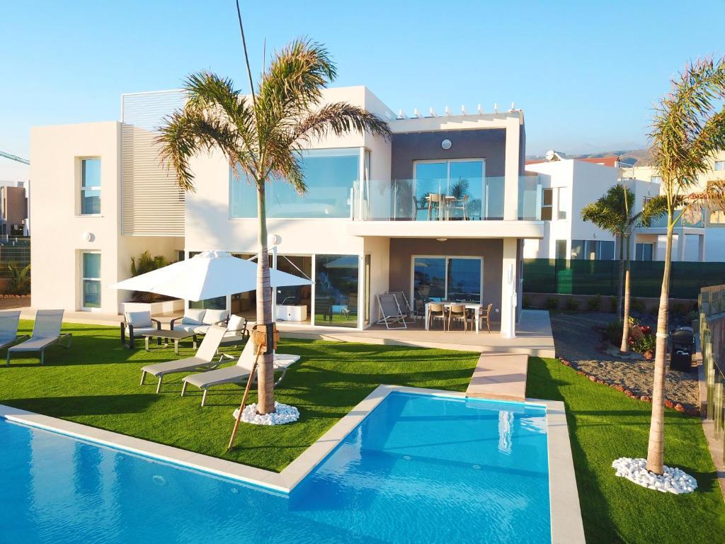 Luxury Villa - Oasis Tucan *****, Adeje – Updated 2019 Prices