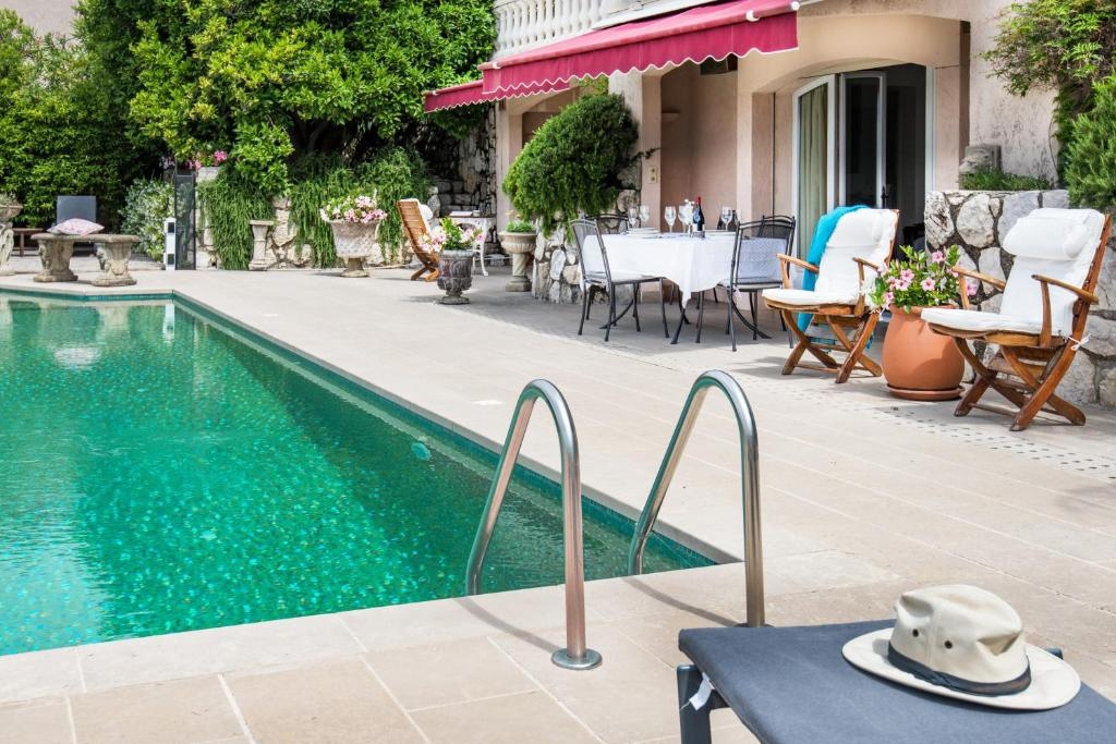 Luxury Pool Apartment at Villa Seburga (Frankreich Saint ...
