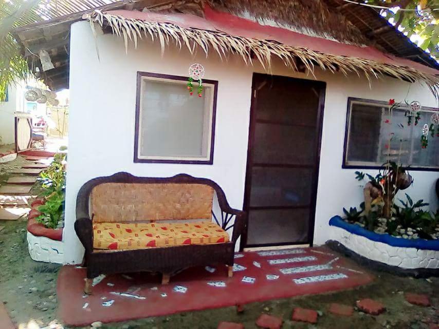 Hollywood Beach Cottages Mabilao