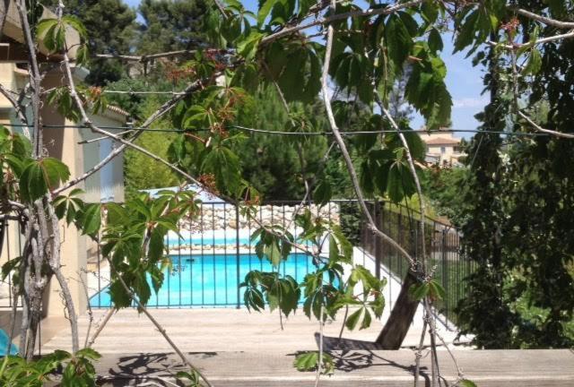 Appartement Rez De Jardin De Villa Avec Terrasse Jardin Et