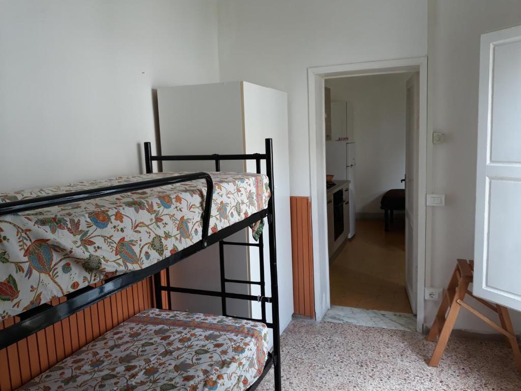 Appartamenti Gloria (Italia Marina di Pisa) - Booking.com