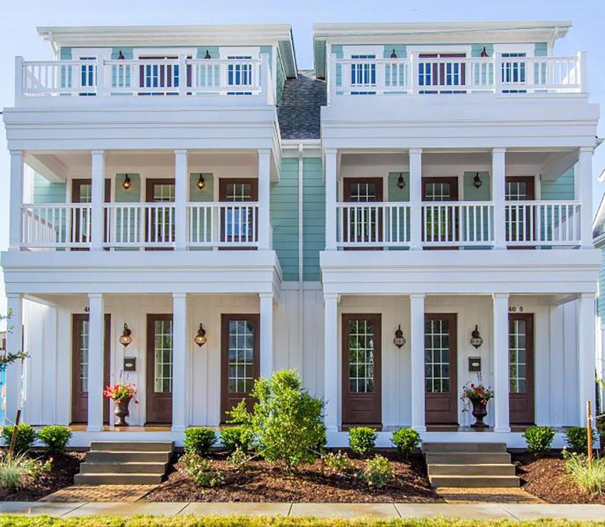 Apartment 408a The Boardwalk House Virginia Beach Va