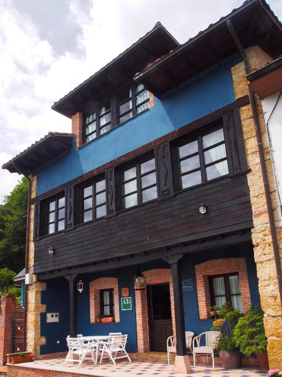Casa de campo Asturias Campon Antrialgo (España Infiesto ...