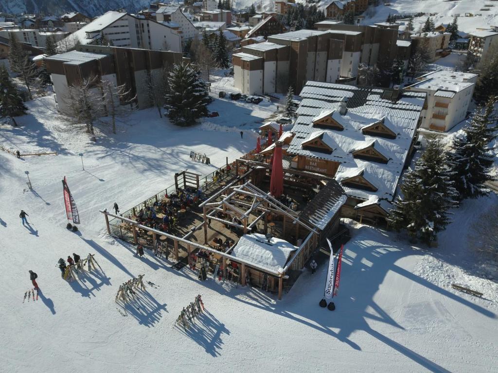 Hotel Cote Brune Les Deux Alpes France Booking Com