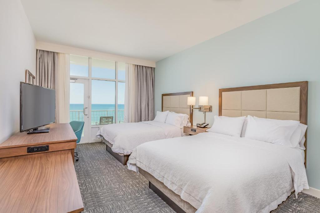 Hampton Inn Suites Panama City