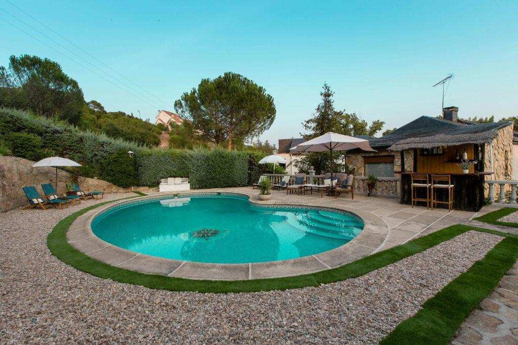 Country House Arroyo de Trofas 3, Torrelodones, Spain ...