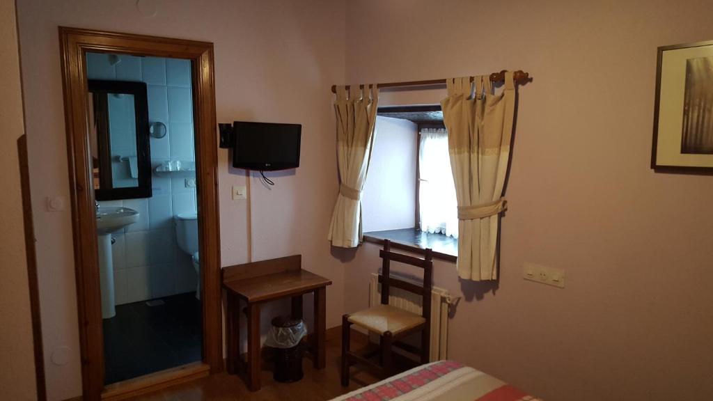 Hotel La Balsa (España Soto de Cangas) - Booking.com