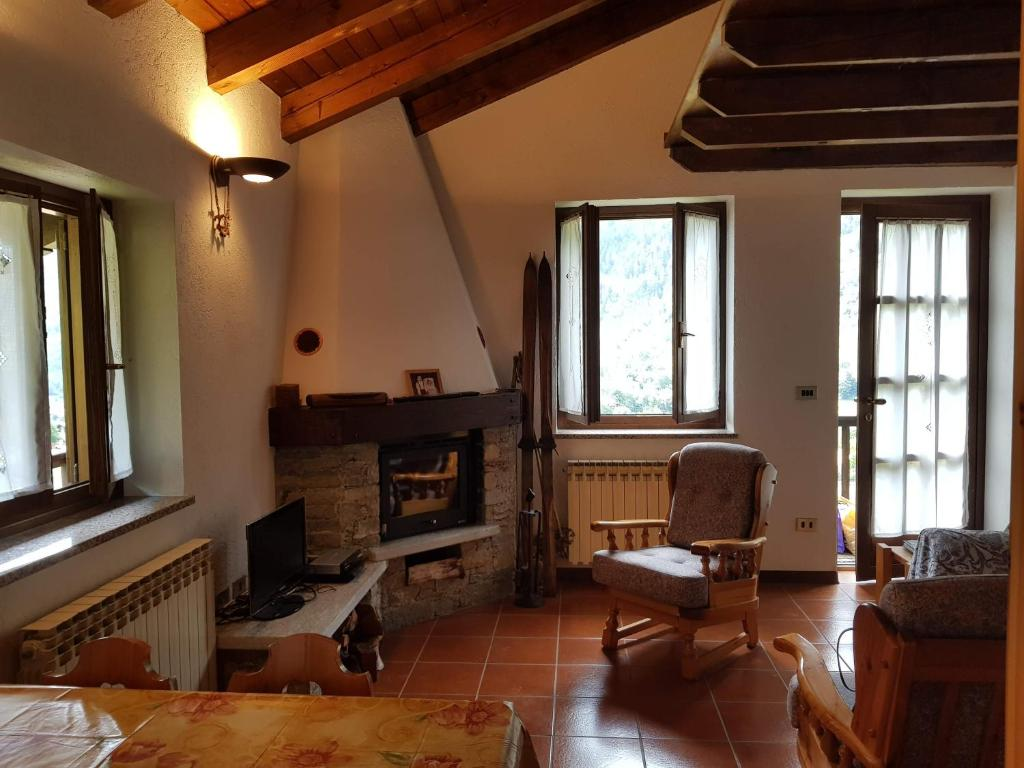 Maison De La Salle apartment maison quaglia, la salle, italy - booking