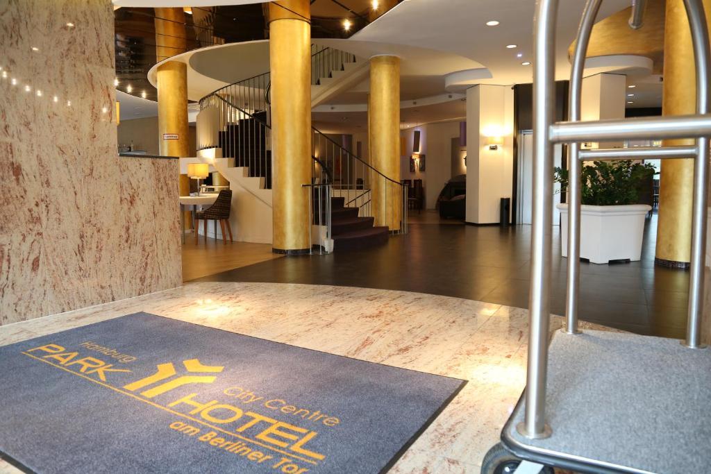 Lobby/Rezeption in der Unterkunft Park Hotel am Berliner Tor