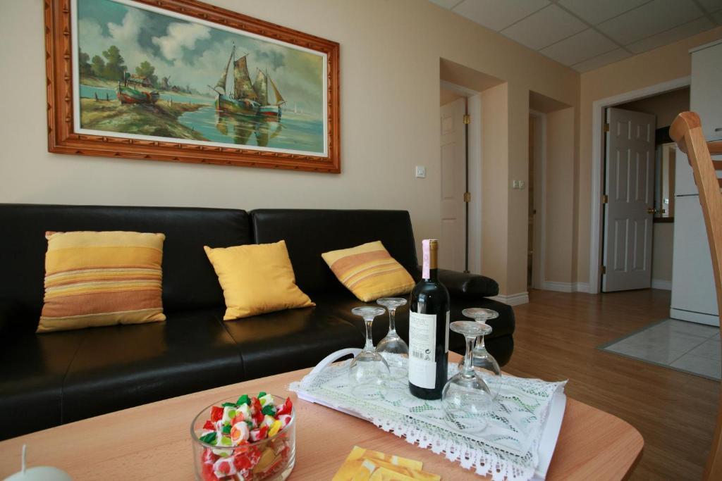Luxury Accommodation Mirula
