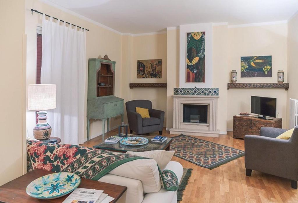 Apartment Kalsa Casa Di Charme Con Terrazza Palermo Italy