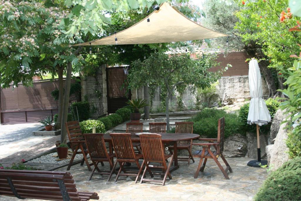 Chalet con Encanto (Espanha Guadalix de la Sierra) - Booking.com