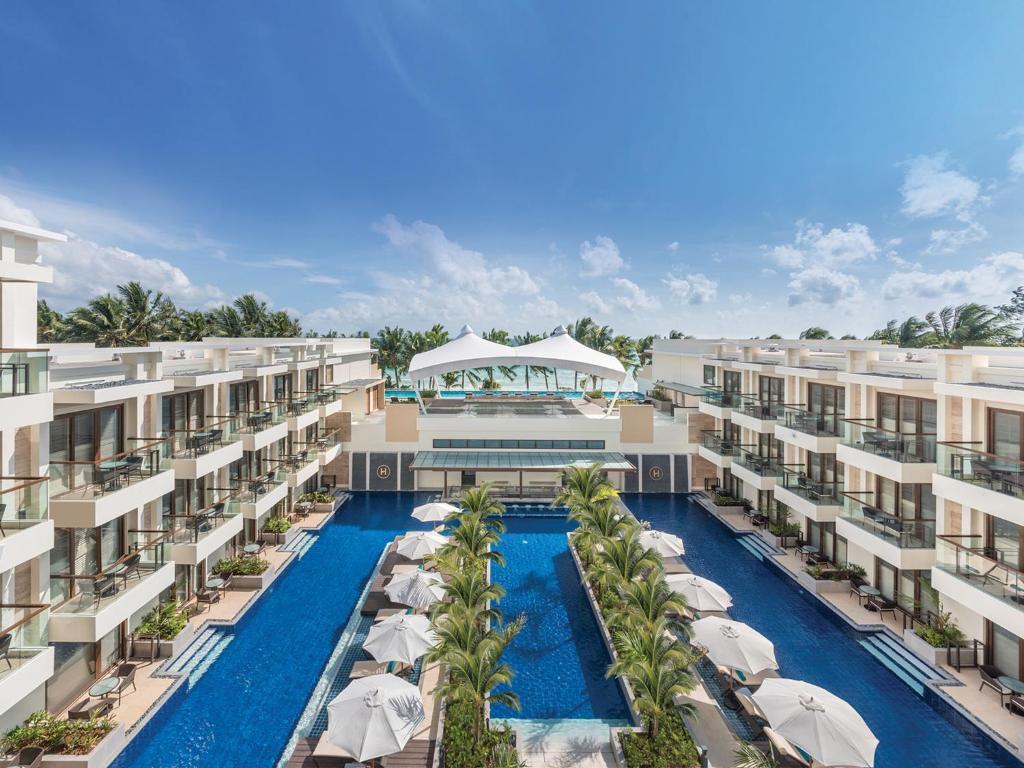 The swimming pool at or near Henann Palm Beach Resort