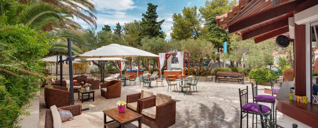Restauracja lub miejsce do jedzenia w obiekcie Hotel Villa Adriatica - Adults Only