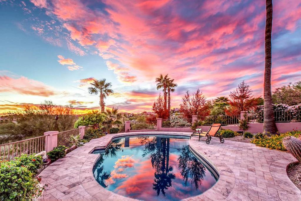 The swimming pool at or near Fountain Hills Views