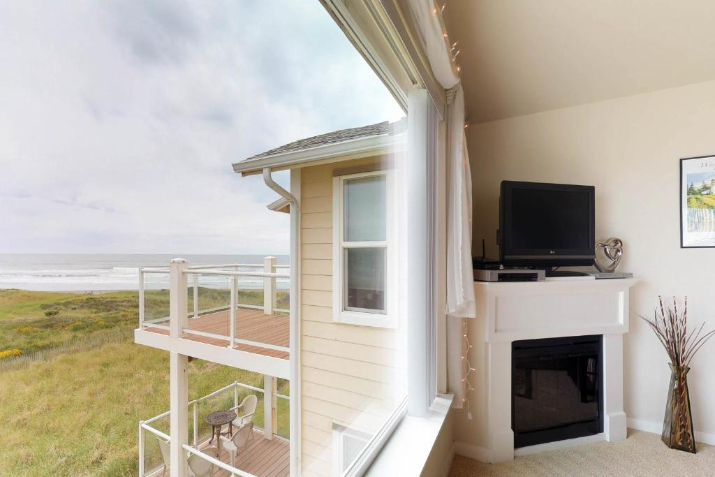 A television and/or entertainment center at Spyglass