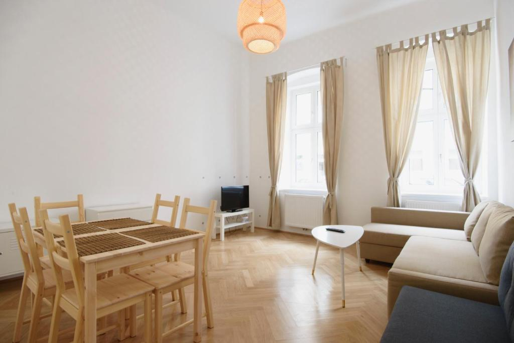 A seating area at Vienna Living Apartments - Friedmanngasse