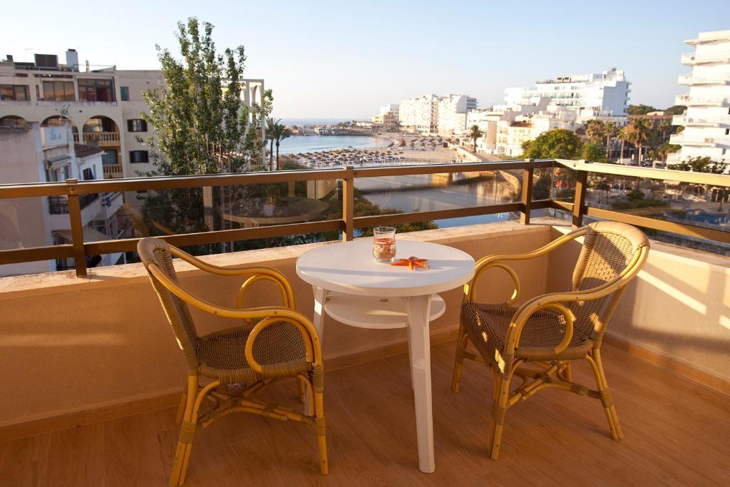 Hotel y Apartamentos Playa Mar, SIllot (con fotos y ...