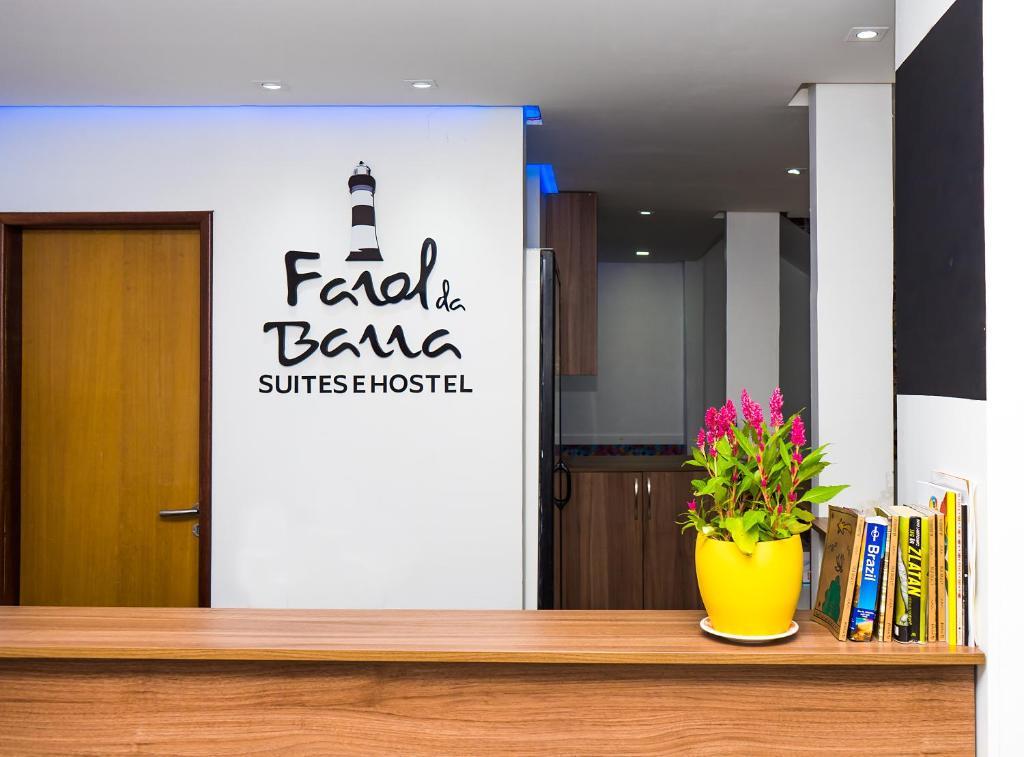 O saguão ou recepção de Farol da Barra Suites e Hostel
