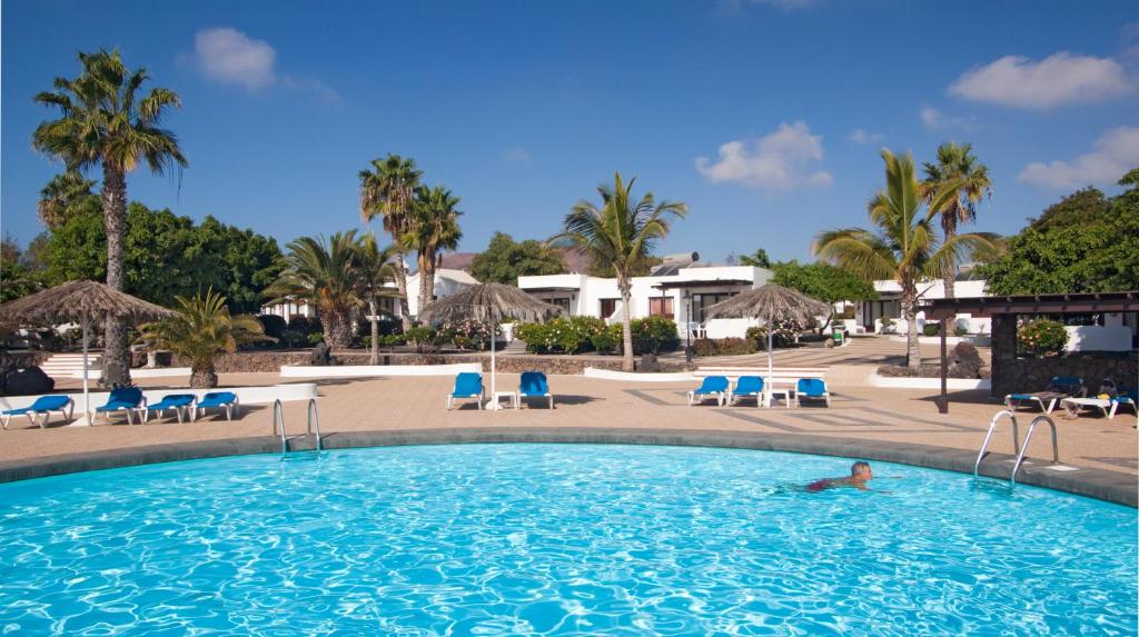 Booking.com: Bungalows Playa Limones , Playa Blanca, España ...
