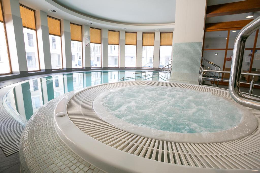 The swimming pool at or close to VIP Apartamenty Stara Polana
