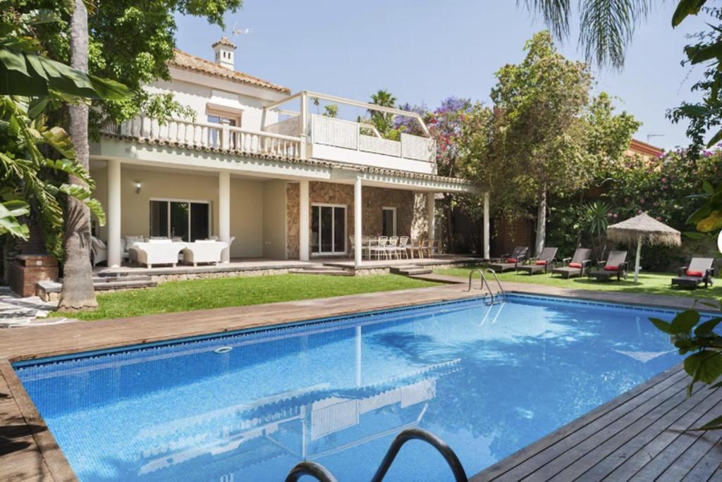 Villa Con Jardines, El Puerto de Santa María – Updated 2019 ...