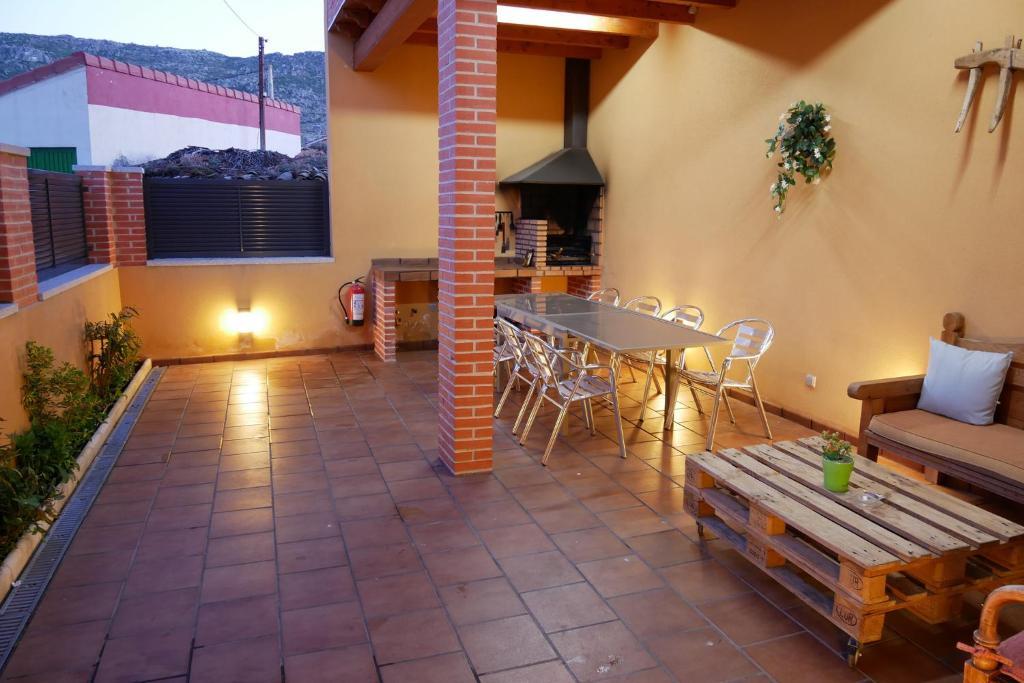 Casas Rurales Florentino (España Robledillo) - Booking.com