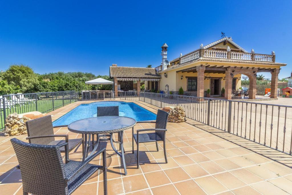 Villa Los Javieles, Alhaurín el Grande, Spain - Booking.com