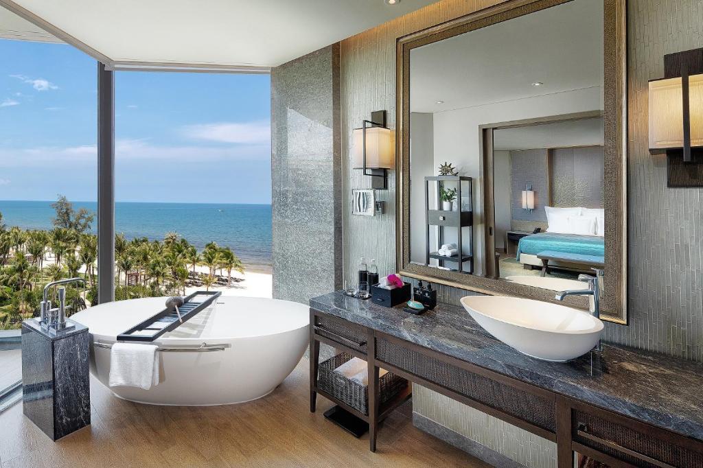 Phòng Resort Cổ Điển Có 1 Giường Cỡ King Nhìn Ra Biển