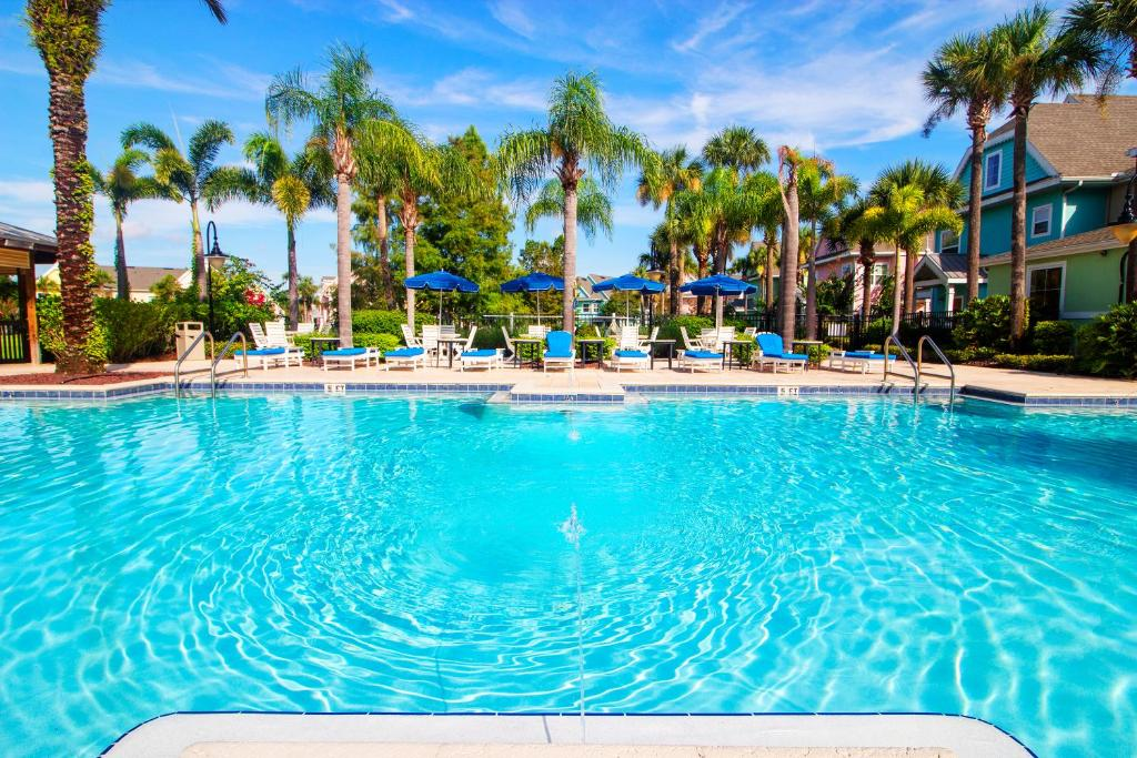 Aco Runaway Beach Club Resort 2
