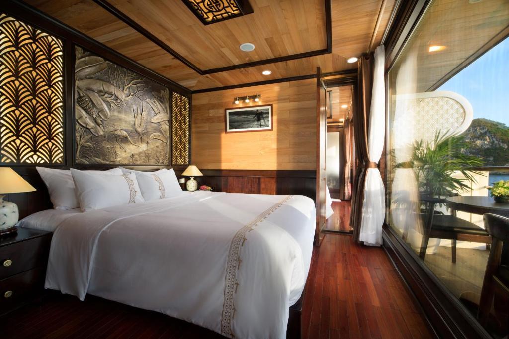 Suite Junior Giường Đôi/2 Giường Đơn Có Ban Công - 2 Ngày 1 Đêm