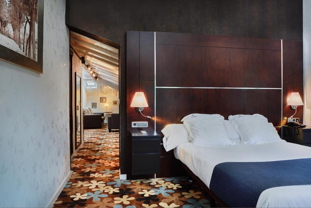 Hotel Granda (España Cangas de Onís) - Booking.com