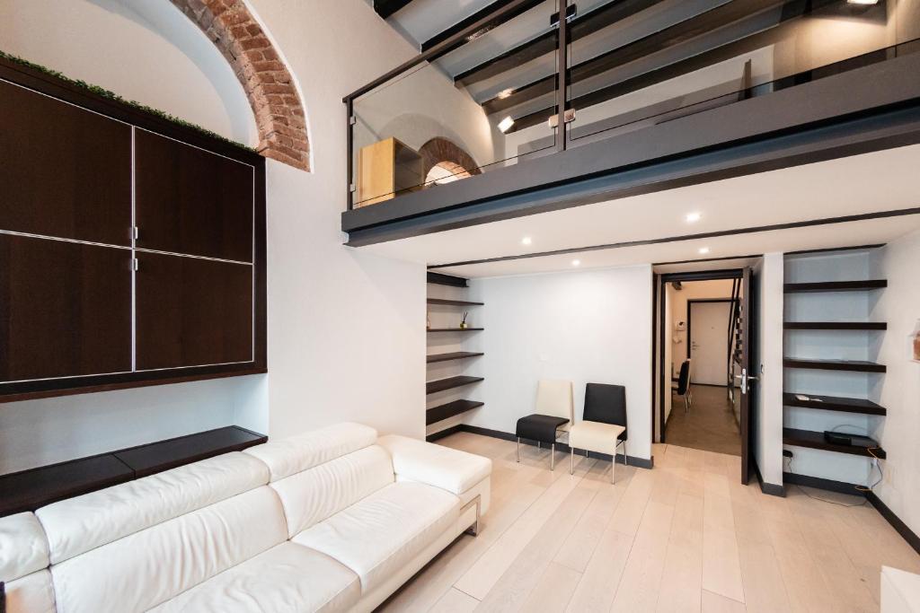 Luxury Apartment Living in Suburban modern Communities