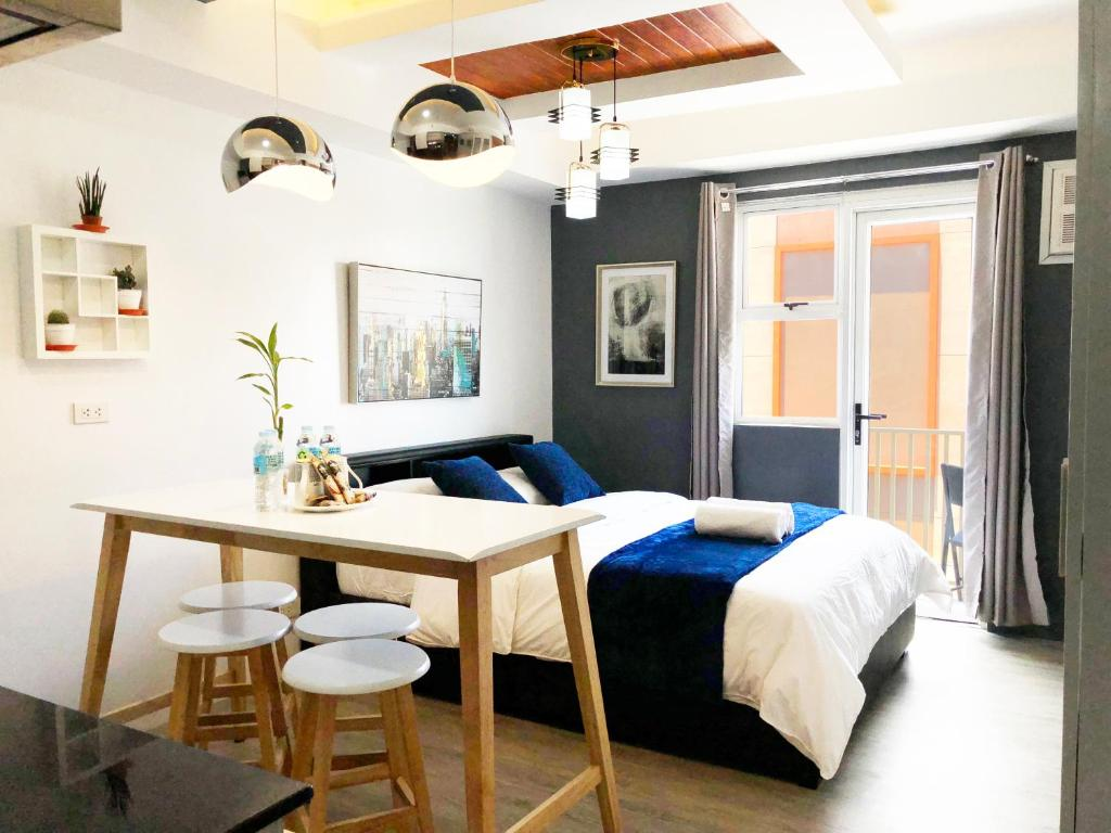 Apartment modern cozy studio in bacolod city center