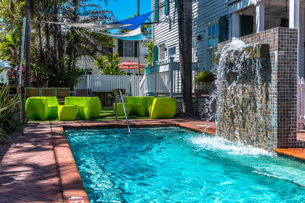 The swimming pool at or near Albury Court Hotel - Key West