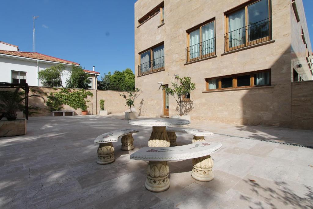 Apartamentos Villablino Arturo Soria, Madrid (with photos ...