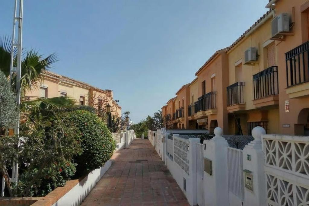 Chalet Biarritz, Torremolinos, Spain - Booking.com