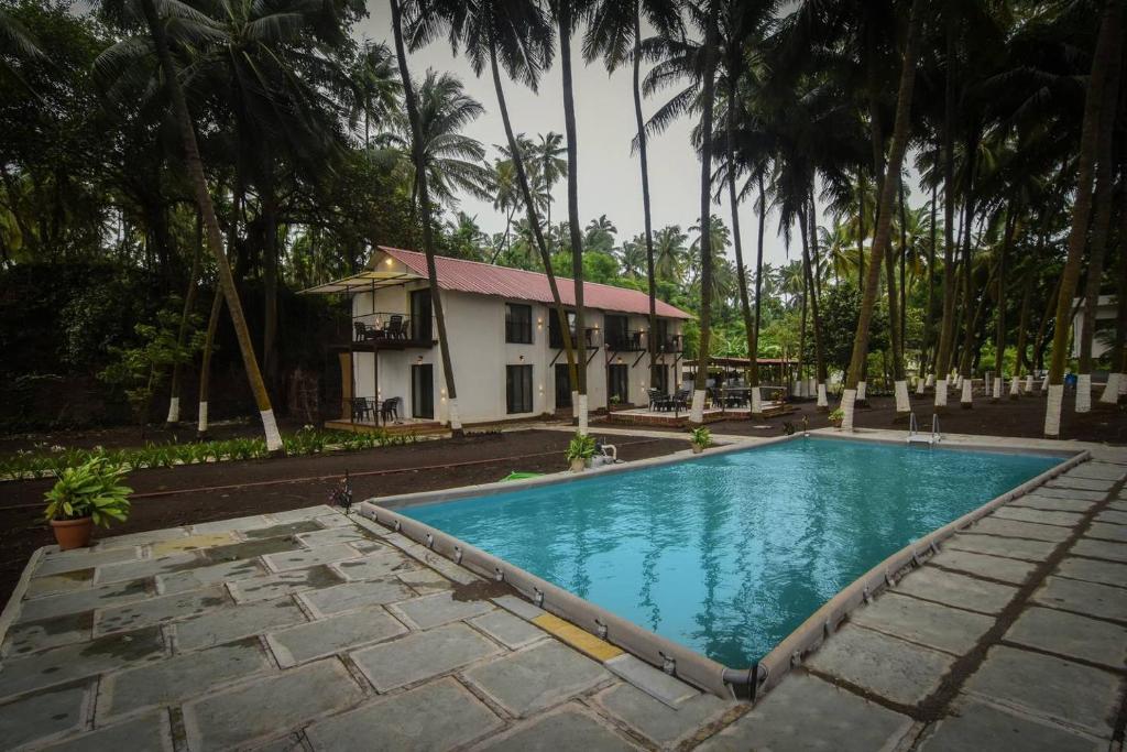 The swimming pool at or close to La Mer Beach Resort