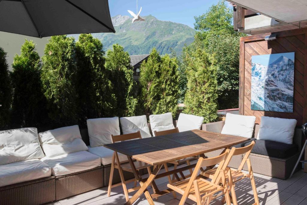 Peachy Apartment Haus Bel Air Wengen Switzerland Booking Com Inzonedesignstudio Interior Chair Design Inzonedesignstudiocom