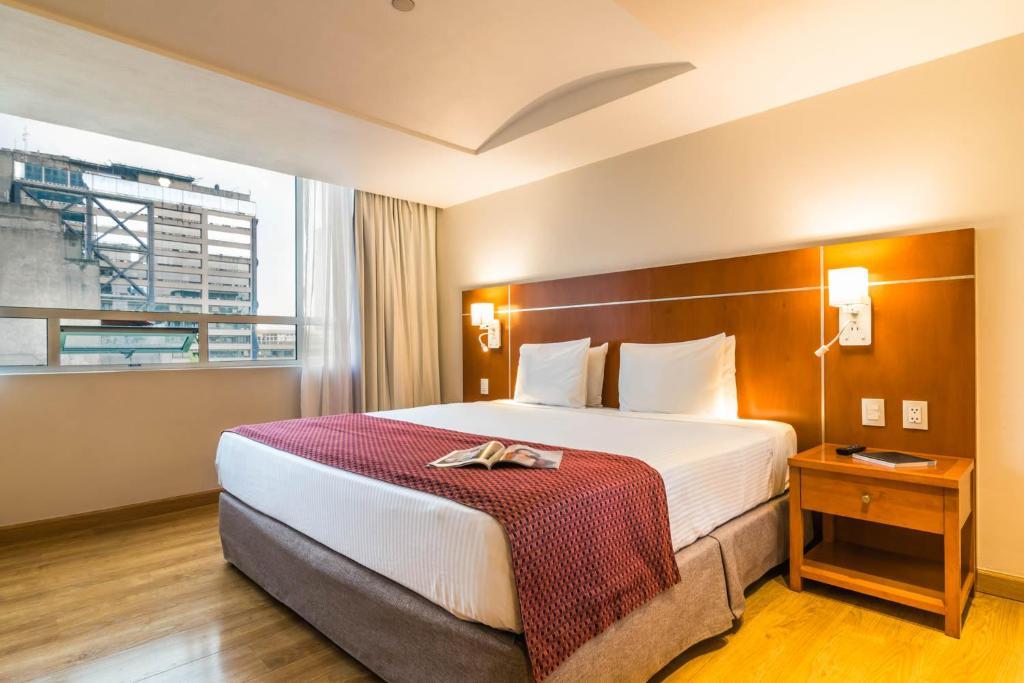 Cama o camas de una habitación en Eurostars Zona Rosa Suites