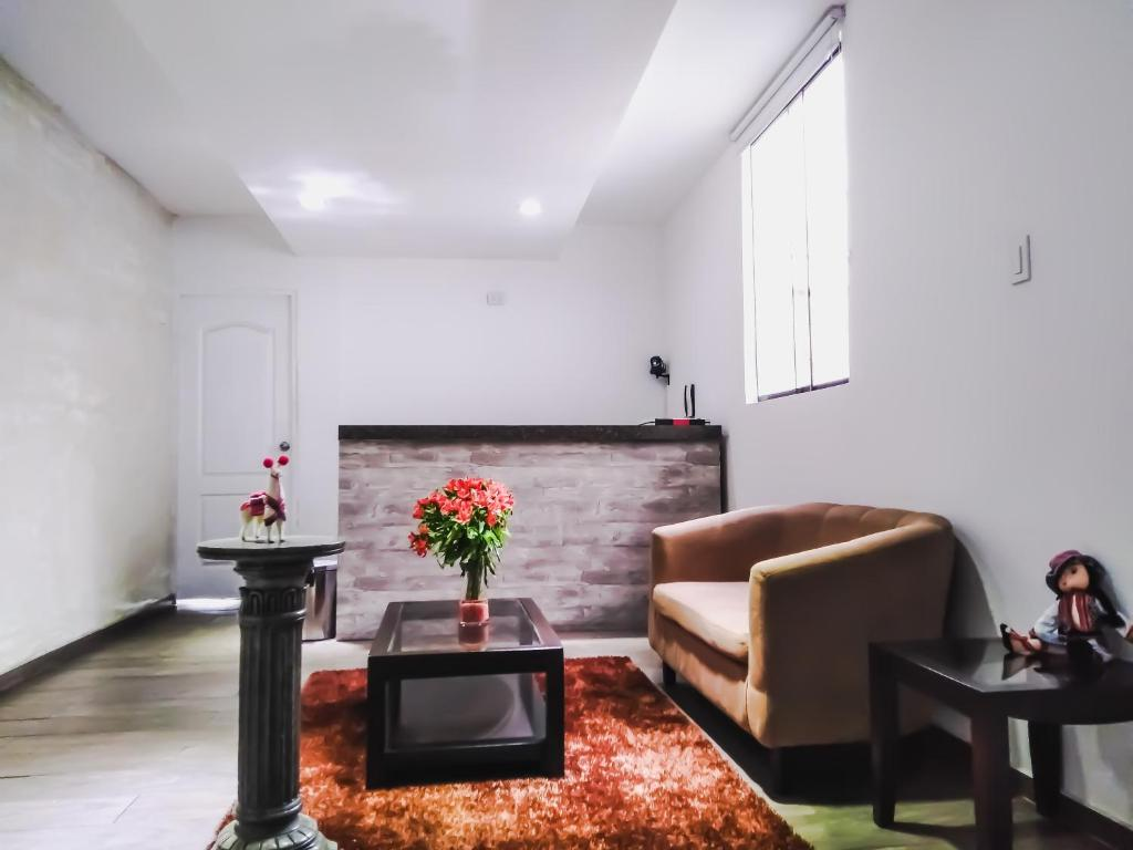 A seating area at Departamento Monterrico