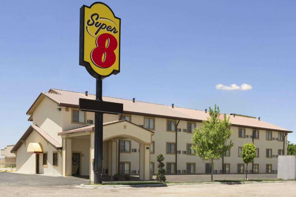 Super 8 by Wyndham Amarillo.