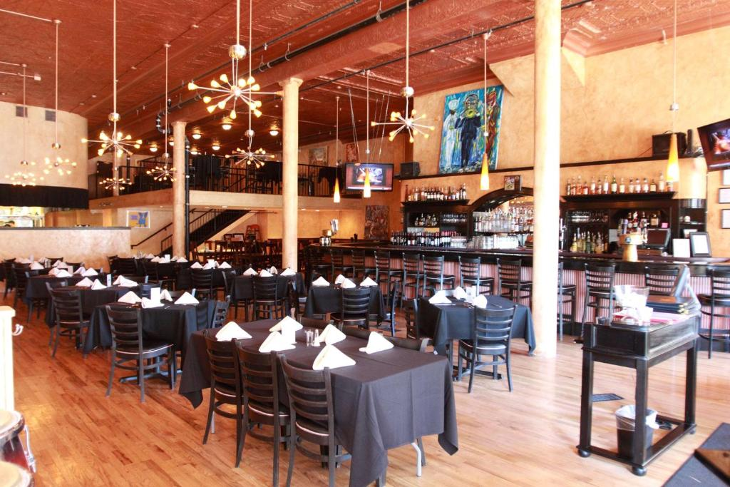 A restaurant or other place to eat at The Mining Exchange, A Wyndham Grand Hotel & Spa