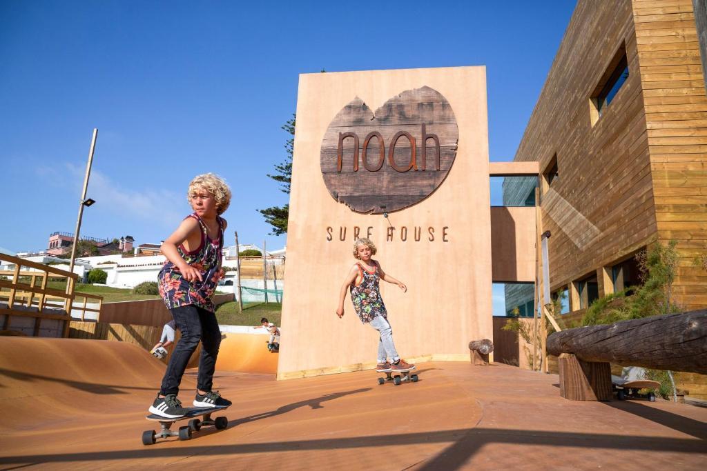 Hotel Noah Surf House Portugal, Santa Cruz, Portugal