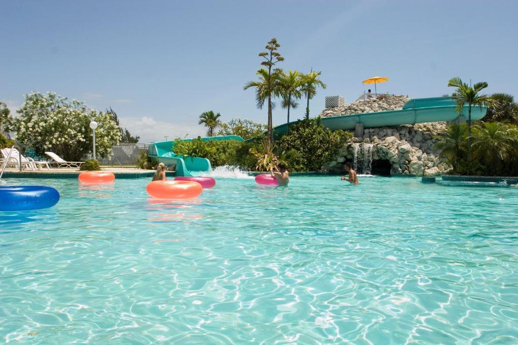 Taino Beach Resort Freeport Bahamas