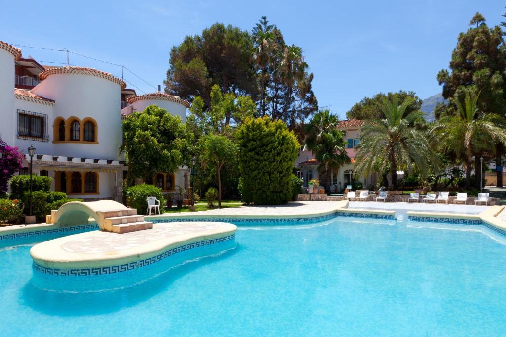 The swimming pool at or near MR El Hotelet de la Raconà