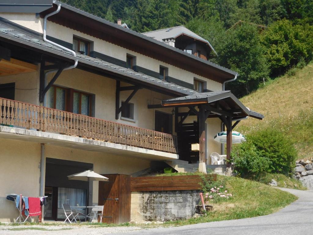 Le Refuge Megeve Architecte apartment le refuge, bellevaux, france - booking