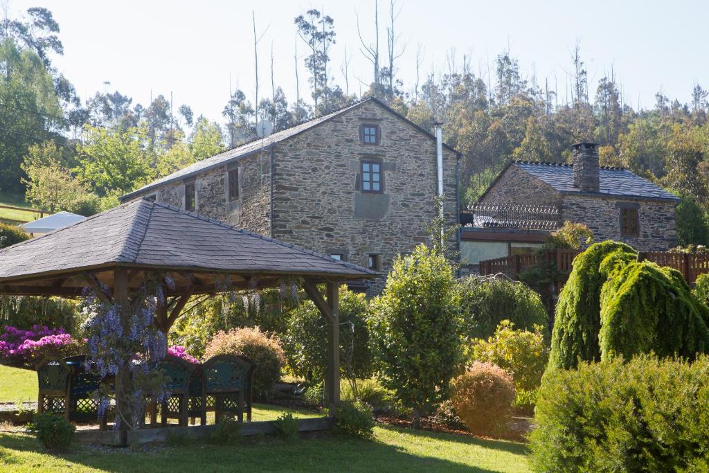 Country House Casa Piñeiro, Monfero, Spain - Booking.com