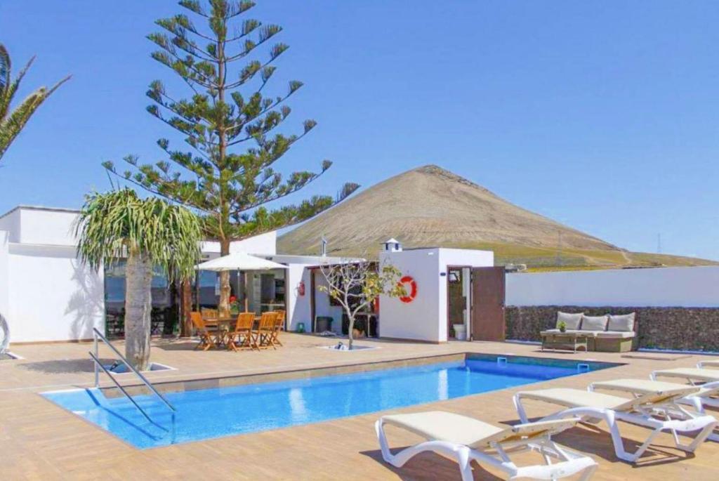 Villa Santana (Spanje Conil) - Booking.com