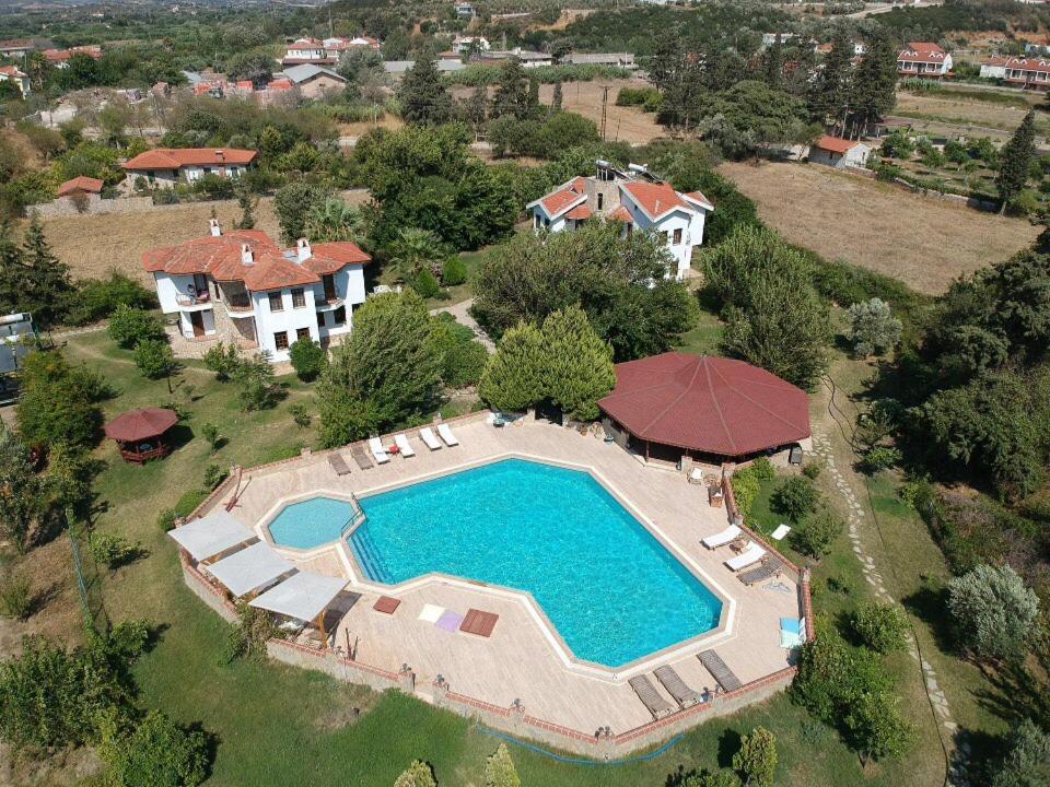 Blick auf Villa Mercan aus der Vogelperspektive